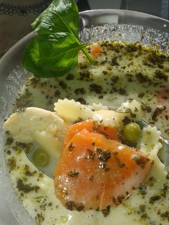 Paradicsom Étterem Zalaegerszeg Menü kép - Legényfogó leves